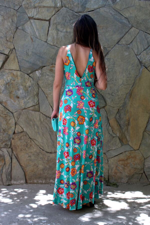 Vestido verde flores espalda